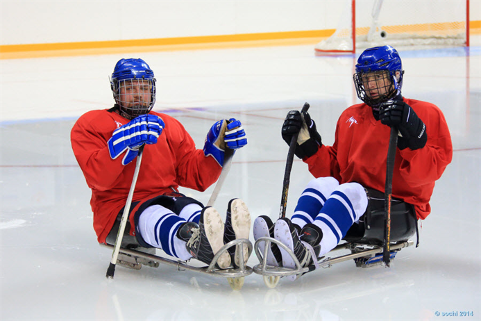 hockey-sobre-hielo-deporte-avance-deportivo-paralimpicos-sochi