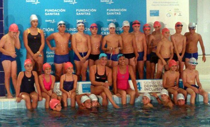 Las nadadoras Mireia Belmonte y Teresa Perales en las jornadas. | AD