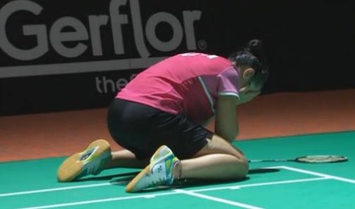 Carolina Marín tras alcanzar la victoria. | Badminton.es