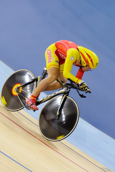 alfonso cabello ciclismo adaptado en pista
