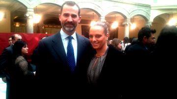 Jennifer Pareja junto al Príncipe Don Felipe en la entrega de los Premios Nacionales del Deporte. Fuente: RFEN/CSD