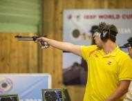 Pablo Carrera y Mercedes Soto dominan el tiro de aire comprimido