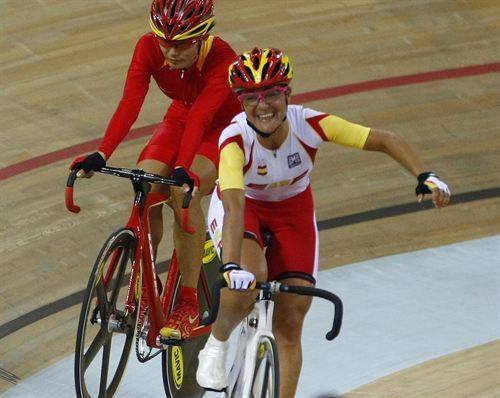 La ciclista Leire Olaberría. Fuente: PHIL NOBLE / REUTERS