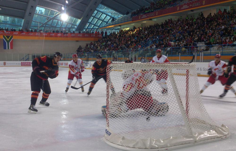 Gol de Boronat ante China. Fuente: Fedhielo