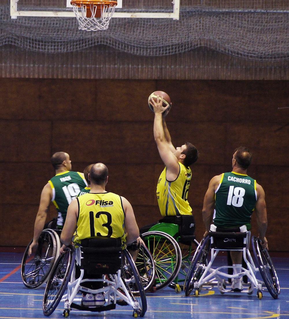 baloncesto en silla de ruedas fundosa once