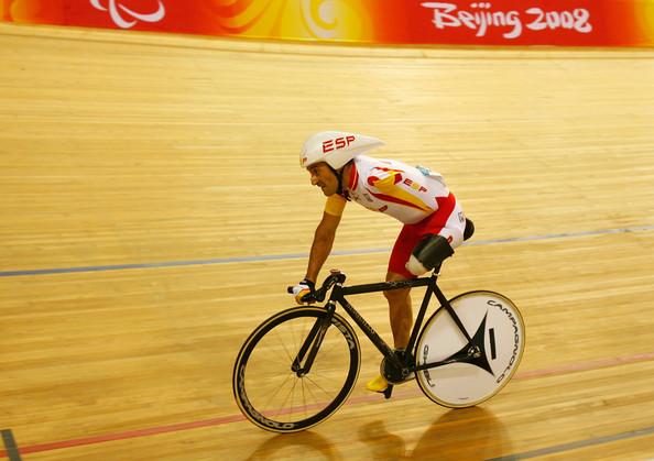 El ciclista español Juanjo Méndez en el velódromo de los Juegos Paralímpicos de Pekín. Fuente: AD