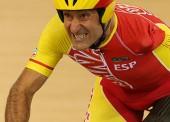 Los ciclistas españoles quedan eliminados a las primeras de cambio