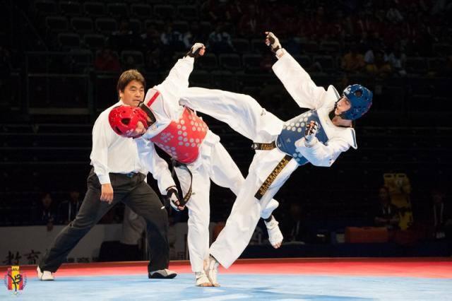 jesus tortosa bronce europeo bakú taekwondo