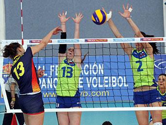 Encuentro de la selección española femenina de voleibol. Fuente: RFEVB