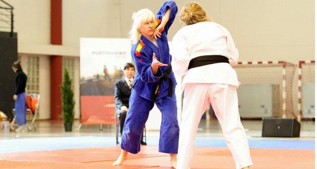 La judoka Carmen Herrera durante un combate. Fuente: arajudo.com