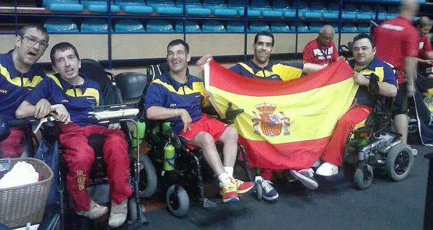 El equipo español de boccia celebra el bronce en Povoa. Fuente: AD