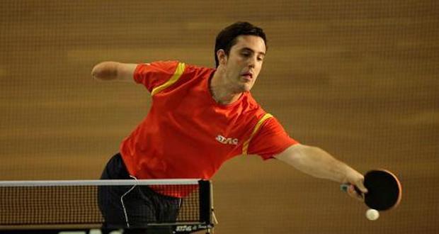El jugador de tenis de mesa José Manuel Ruiz durante un partido.