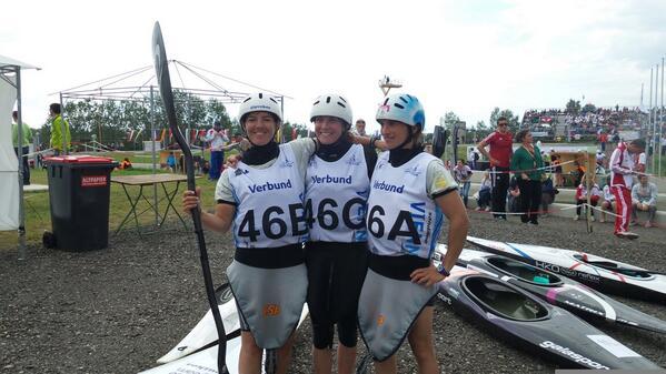 El K1 femenino formado por Maialen Chourraut, Marta Martínez e Irati Goikoetxea. Fuente: RFEP