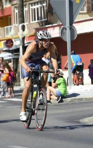 El triatleta malagueño ha estado vinculado al deporte desde los 4 años. Fuente: AD