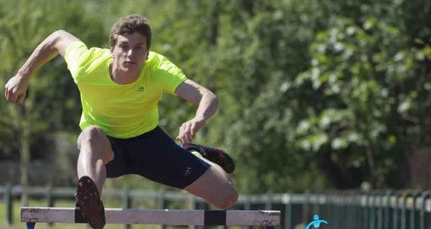 Juan José Garrantxo durante un entrenamiento de 100 metros salto de vallas. Fuente: AD