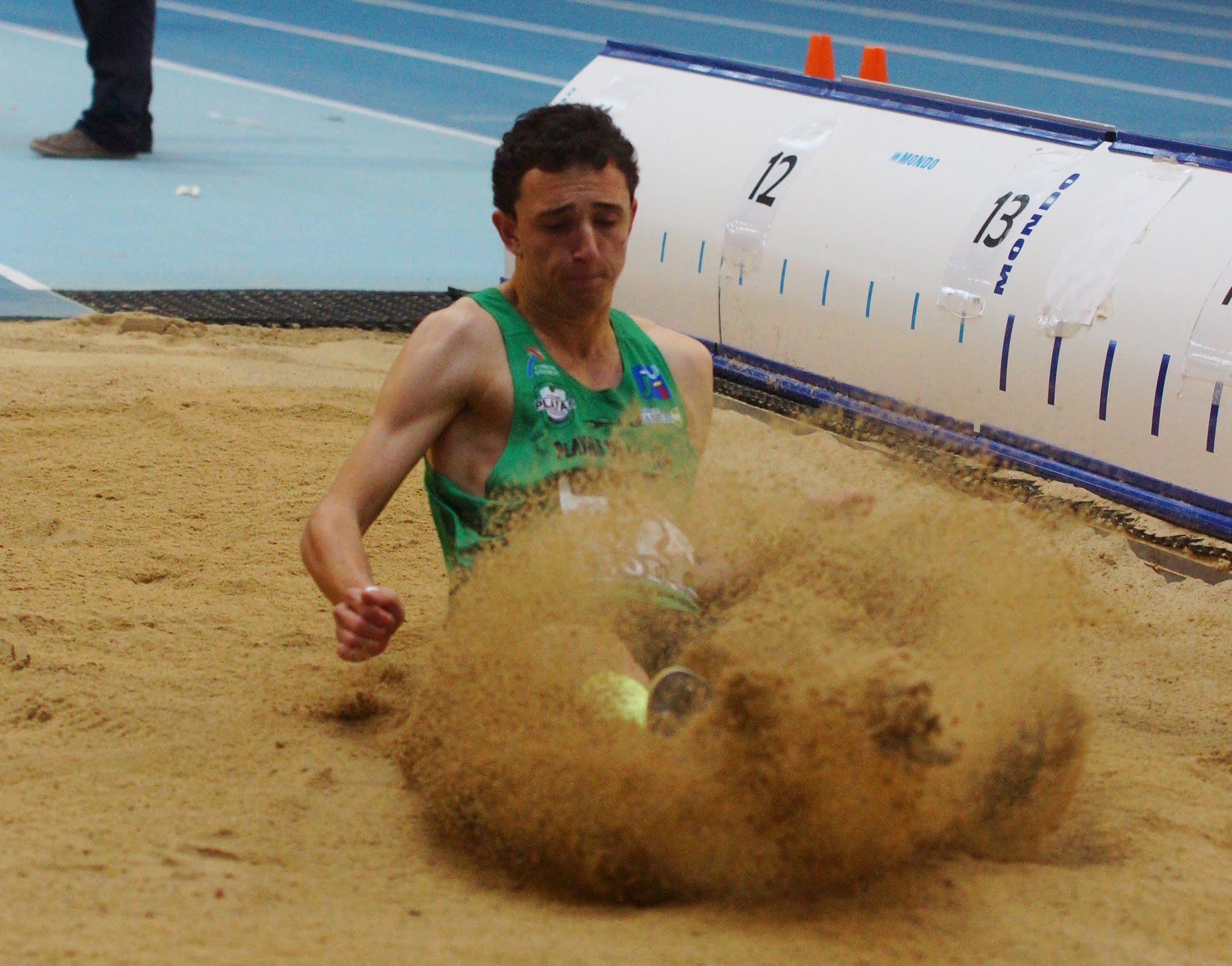 El atleta vestirá la camiseta de la selección española en los Juegos Olímpicos de la Juventud. Fuente: AD