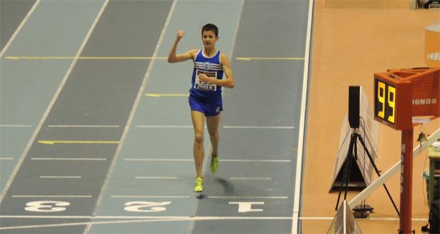 Jordi Torrents ha conseguido este año la mejor marca española juvenil de 3.000 metros en pista cubierta. Fuente: AD