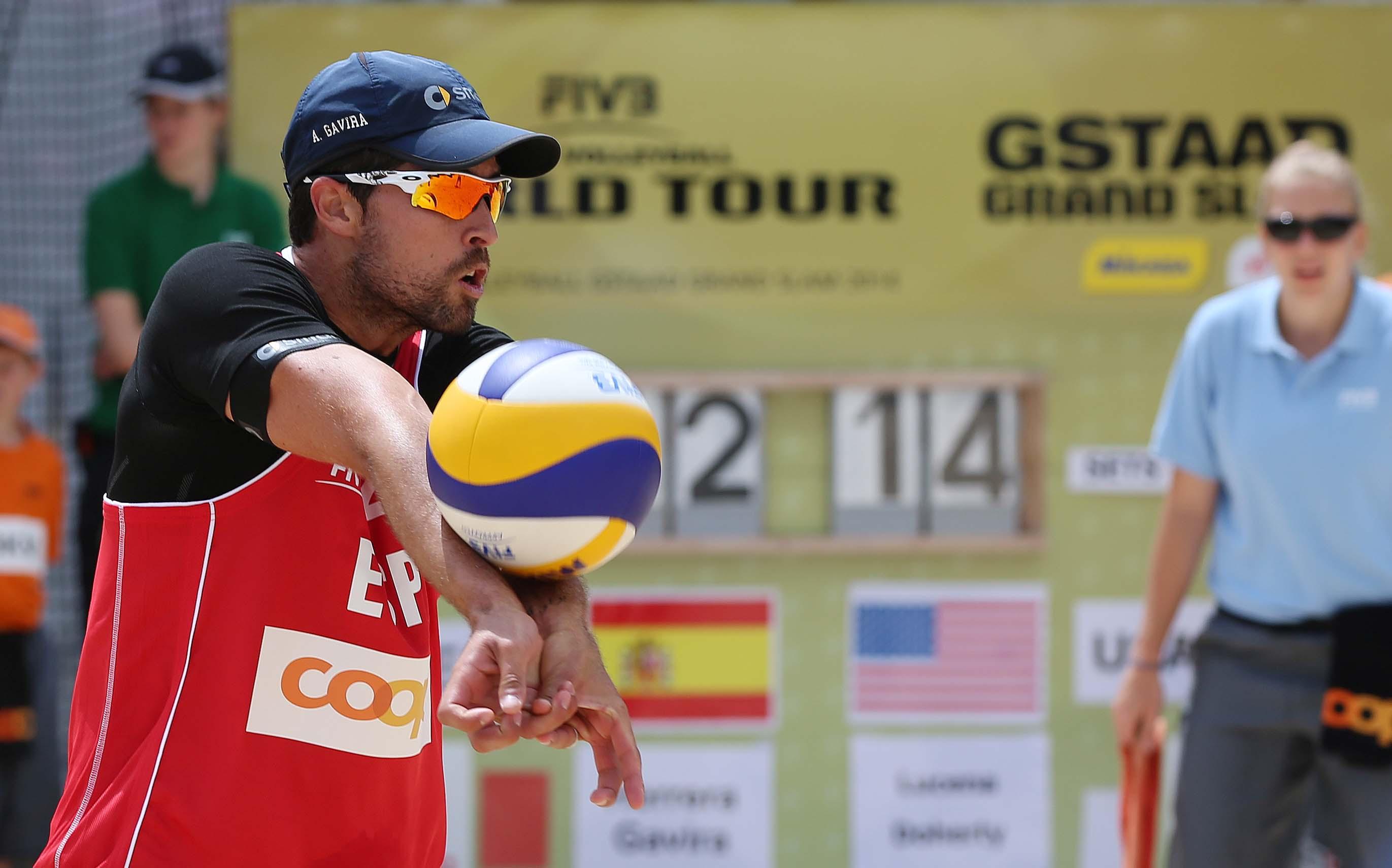 Adrián Gavira en el Grand Slam de Gstaad (Suiza). Fuente: RFEVB