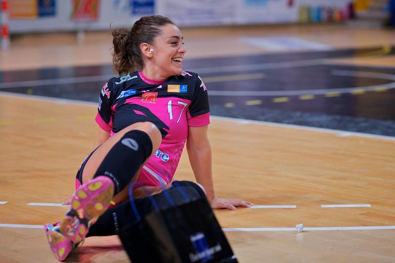 Marta López luce los colores del equipo francés CJF Fleury. Fuente: AD