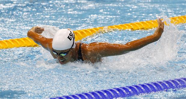 Teresa Perales nadando la prueba de 200 estilos. Fuente: AD