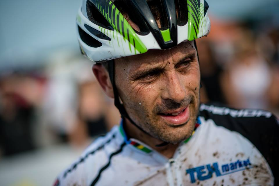 El corredor José Antonio Hermida tras disputar la Copa del Mundo de Mountain Bike en Canadá. Fuente: AD