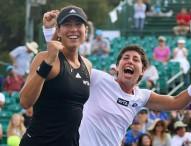 Carla Suárez y Garbiñe Muguruza campeonas en Stanford