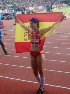 Rut Beitia tras ganar el oro. Fuente: RFEA