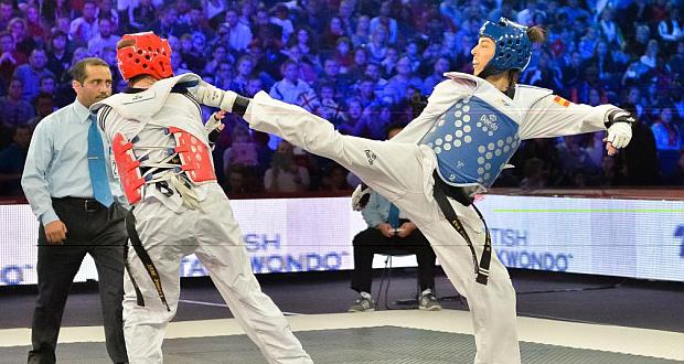 La taekwondista Eva Calvo durante un combate. Fuente: AD