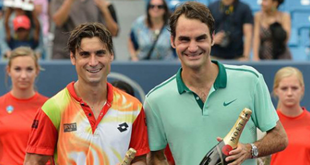 David Ferrer junto a su verdugo Roger Federer. Fuente: RFET