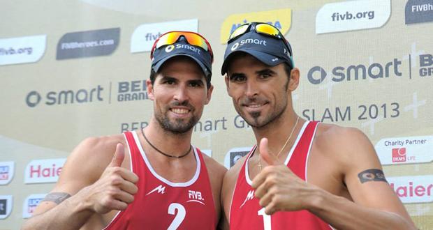 La pareja española de vóley playa Adrián Gavira y Pablo Herrera. Fuente: AD