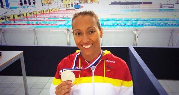 Teresa Perales con su 4ª medalla en el Europeo de natación en Eindhoven. Fuente: C. Paralímpico Español