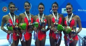 Sandra, Alejandra, Artemi, Lourdes y Elena. Fuente: AD