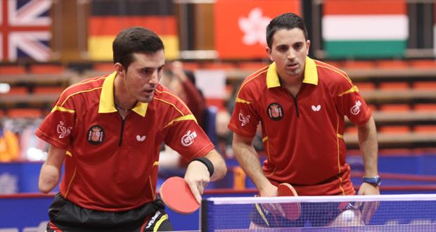 José Manuel Ruiz y Jorge Cardona en el Mundial de tenis de mesa paralímpico. Fuente: ITTFWORLD
