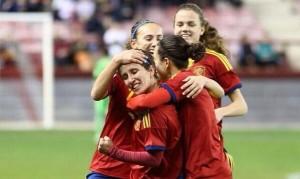 Sonia Bermúdez celebra un gol. Fuente: Sefútbol