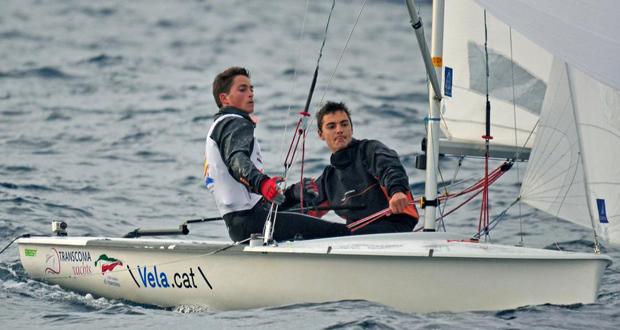 Joan Herp y Jordi Xammar en la embarcación de la clase 470. Fuente: AD