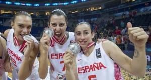 Lucila Pascua, Alba Torrens y Silvia Domínguez. Fuente: FEB