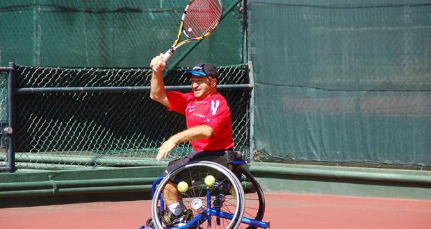 El tenista corunés Álvaro Illobre durante el torneo en Setúbal (Portugal). Fuente: AD