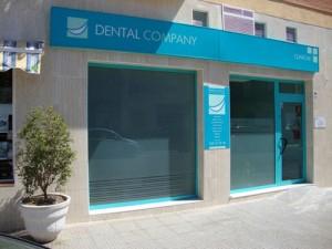 dental company el desafío de los 100 estadios patrocinador