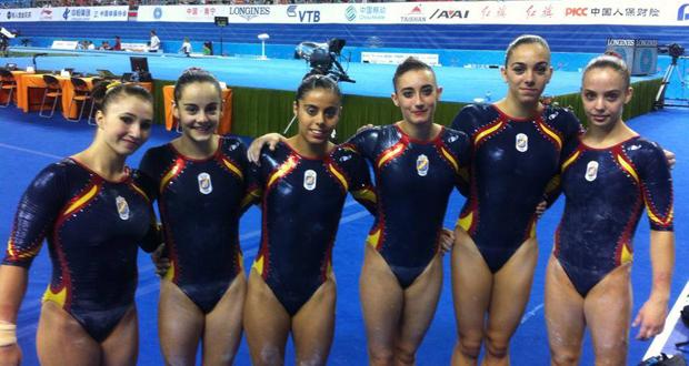 El equipo español femenino de gimnasia artística. Fuente: rfegimnasia.es