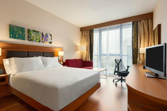 Hilton Garden Inn Rooms Hilton Garden Inn Sevilla Será
