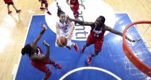 Silvia en el partido con EE.UU. Fuente: FIBA