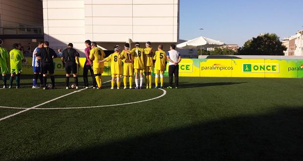 Los jugadores de Granada durante un partido. Fuente: AD