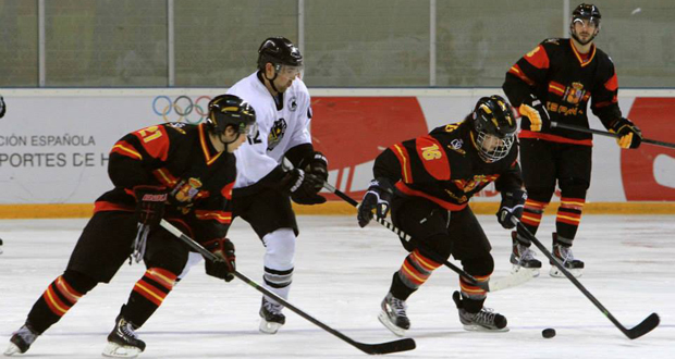Partido de la selección española de hockey hielo en Jaca. Fuente: Alberto Montenegro