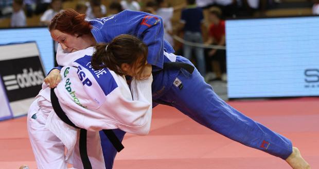 La judoca murciana Isabel Puche durante un combate. Fuente: IJF