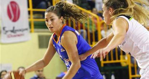La jugadora del Perfumerías Avenida, Leo Rodríguez, fue fundamental en la victoria de su equipo. Fuente: Perfumerías