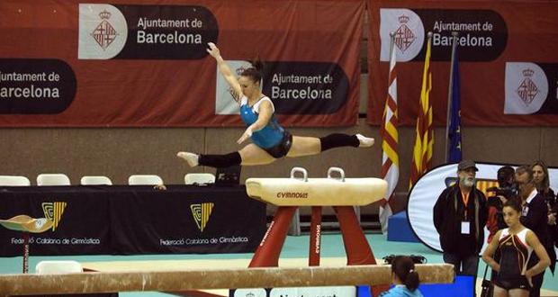La gimnasta Roxana Popa durante un ejercicio en Barcelona. Fuente: AD