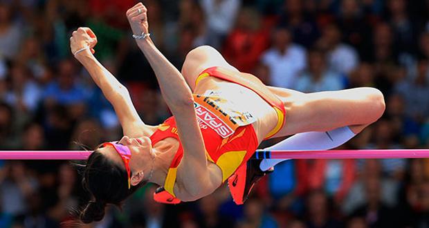 La saltadora de altura Ruth Beitia durante una competición. Fuente: RFEA