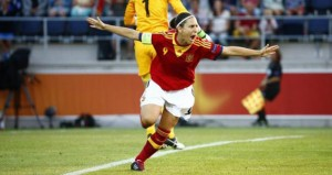 Vero celebra un gol con España. Fuente: Sefútbol
