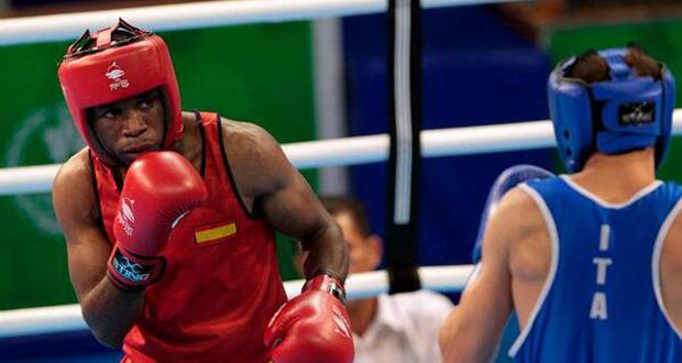 El boxeador onubense, Kevin de la Nieve, durante un combate. Fuente: Kelvin de la Nieve