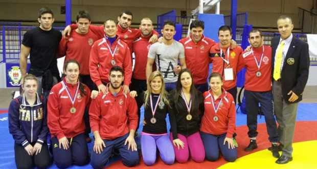El equipo español de lucha olímpica en el torneo internacional de Niza. Fuente: Felucha